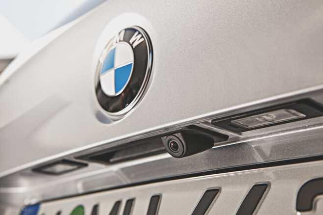Rear view camera retrofit for BMW