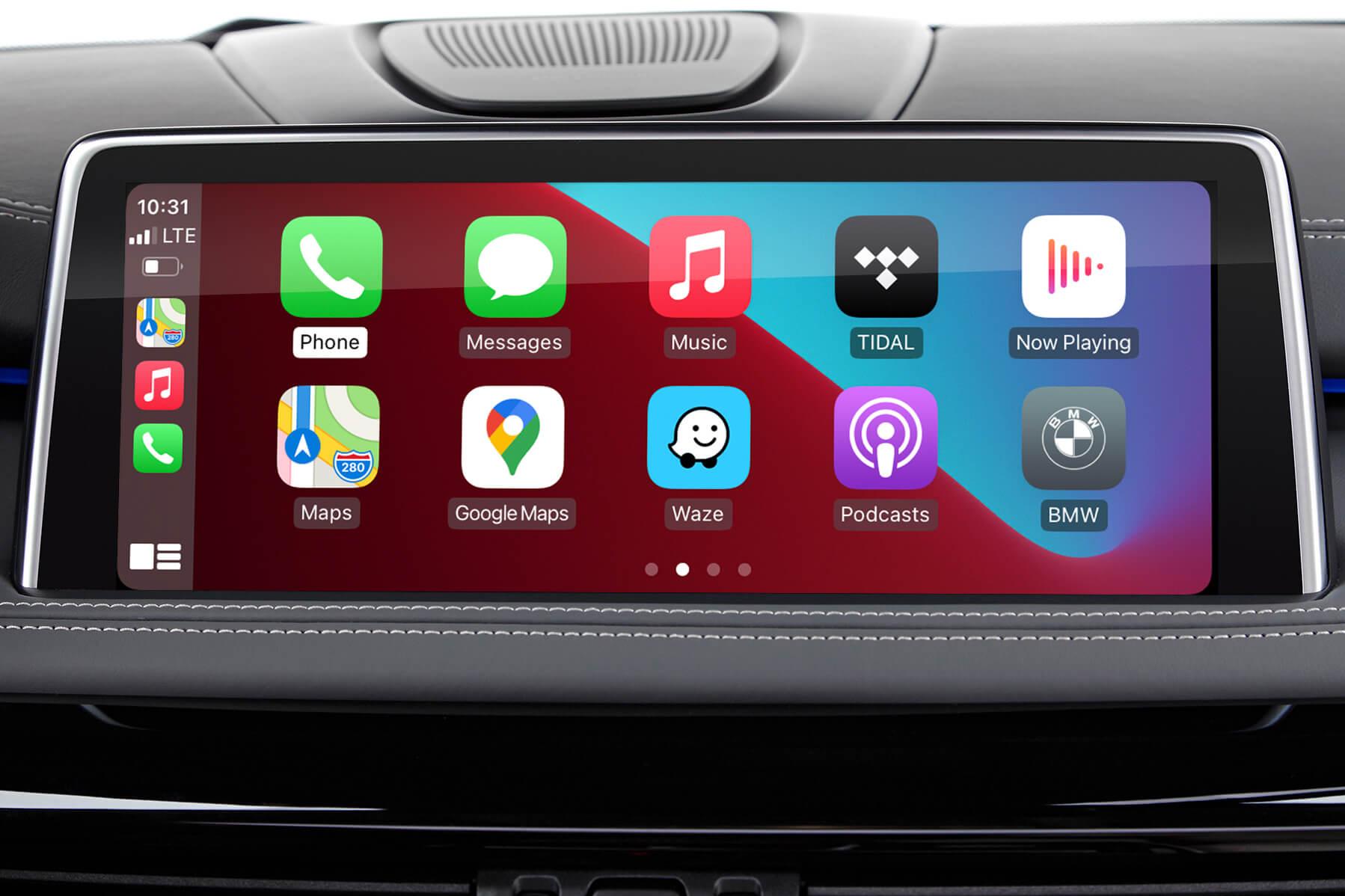 Apple CarPlay full-screen